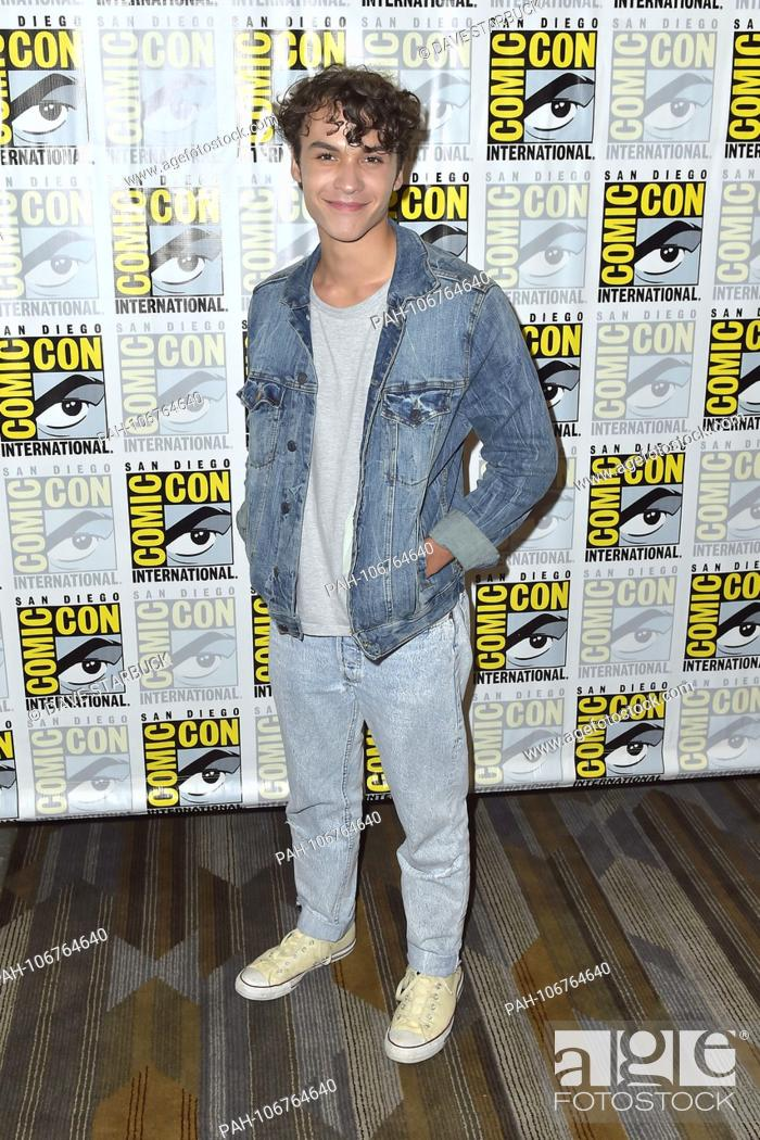 Benjamin Wadsworth at the Photocall for the Syfy TV series