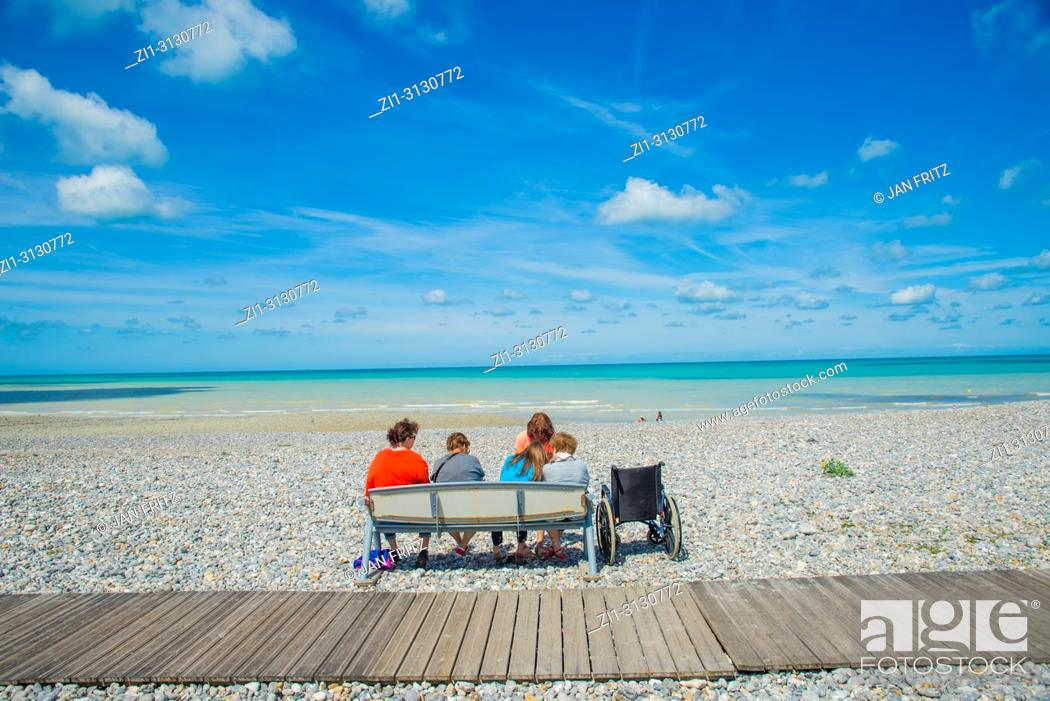 Excellent People Sitting On A Wooden Bench At The Pebbles Beach At Bralicious Painted Fabric Chair Ideas Braliciousco