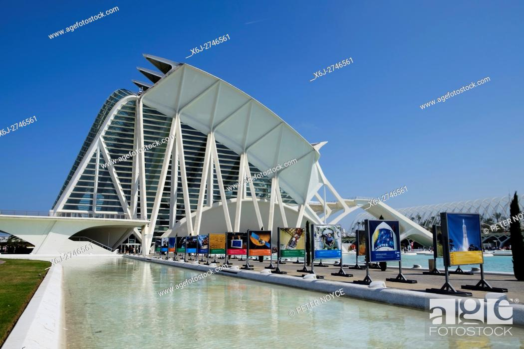 Stock Photo: Principe Felipe Science Museum in Valencia Spain.