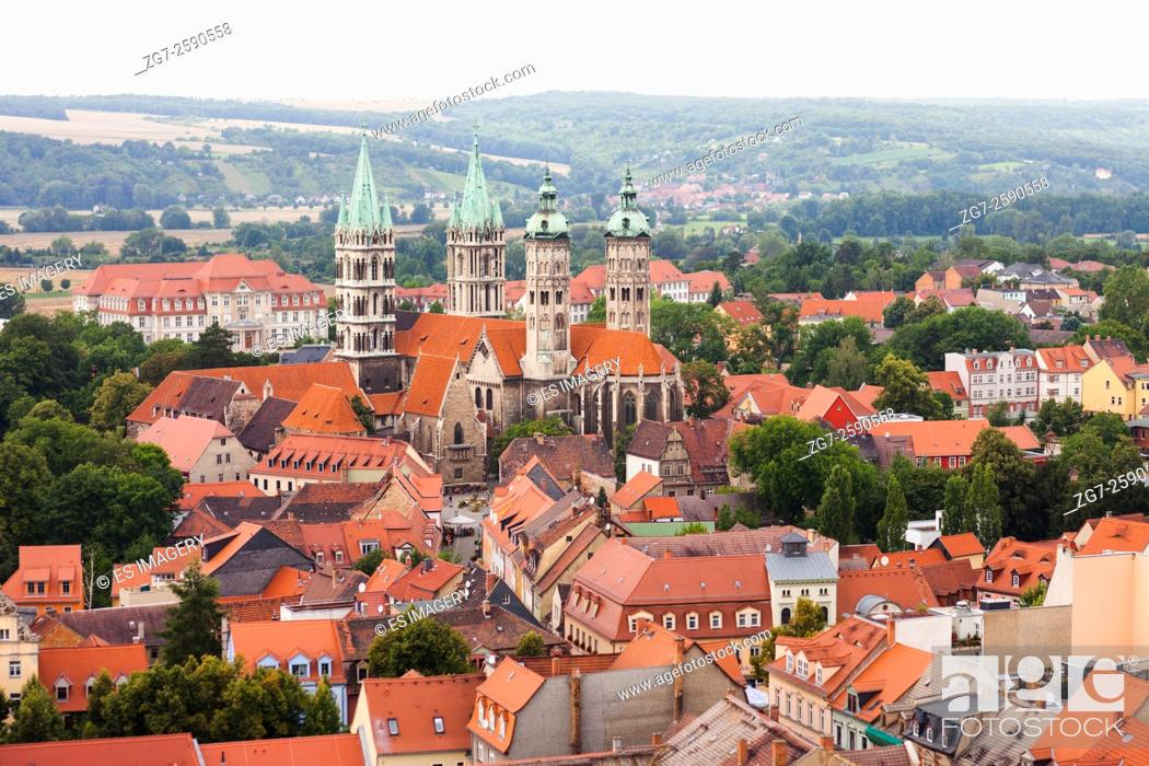 Stock Photo: View over Naumburg (Saale), Saxony-Anhalt, Germany with Naumburg Cathedral.