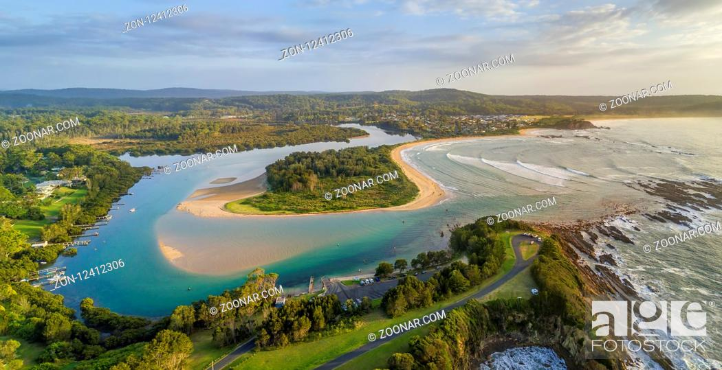 Stock Photo: Scenic panoramic views of Mossy Point on the south coast Australia.