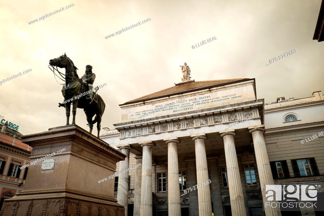 Stock Photo: Monument to Garibaldi, Piazza Raffaele De Ferrari, Genova, Italy.