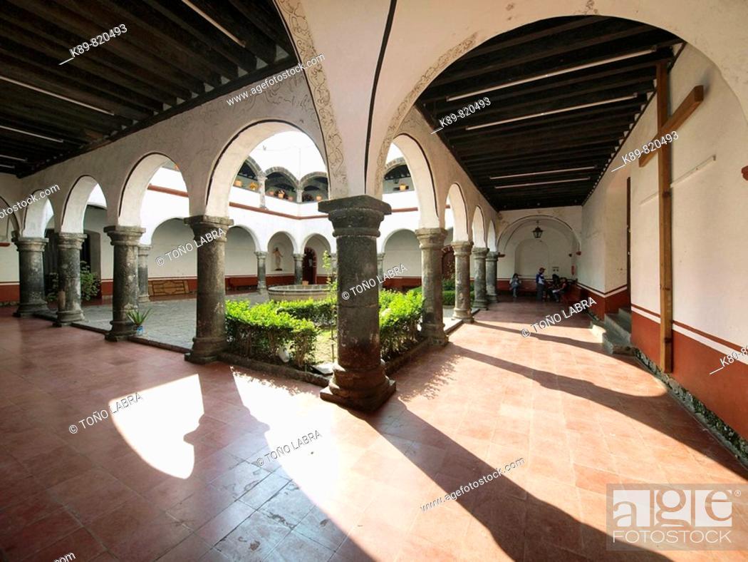 Stock Photo: Convento de San Pedro Cloister. Tlahuac, Ciudad de México.