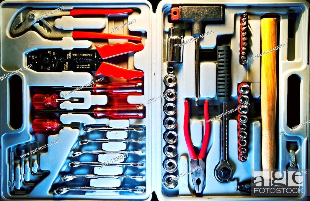 Stock Photo: caja de herramientas.