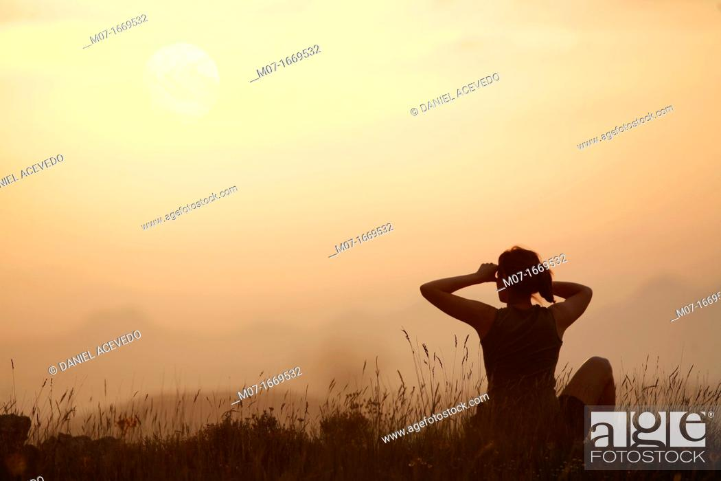 Stock Photo: Watching sunset while relaxing, Ebro valley, Spain, Eurpe.