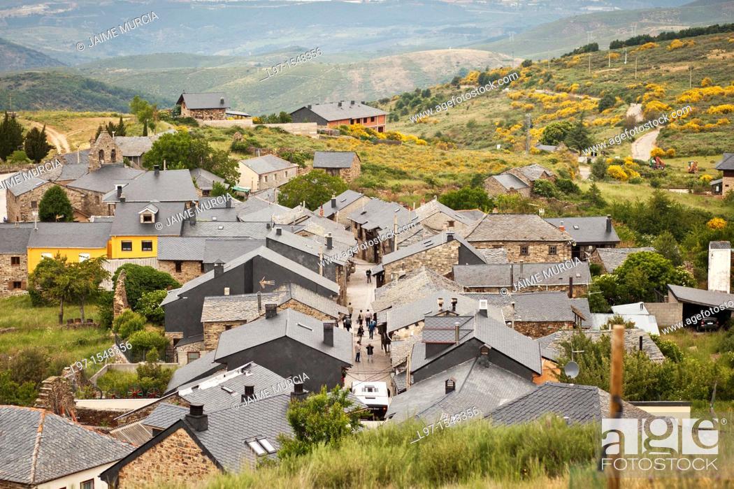 Stock Photo: View to the village of El Acebo along the Camino de Santiago, route Frances.
