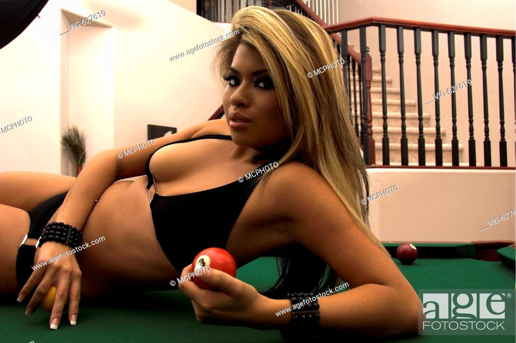 Mine hot asian bikini models pool