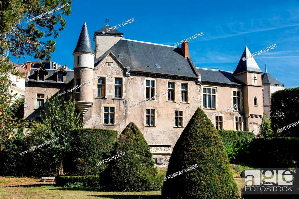 Stock Photo: BAILIWICK HOUSE ALSO CALLED CASTEL FRANC, RUINS OF THE OLD CASTLE OF VICHY, ALLIER, AUVERGNE-RHONE-ALPES REGION, FRANCE.