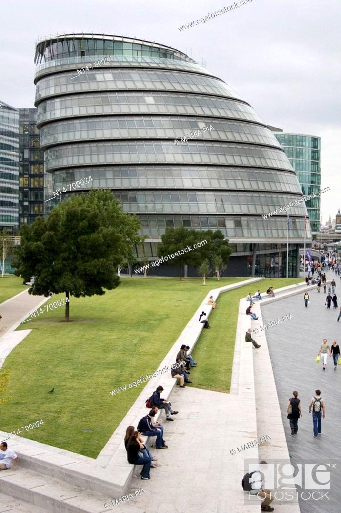 Stock Photo: New City Hall building by Norman Foster, London. England, UK.