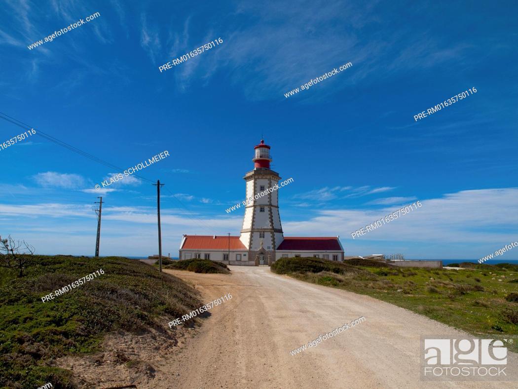Stock Photo: Farol do Cabo Espichel near Sesimbra at Setubal peninsula, Portugal / Farol do Cabo Espichel bei Sesimbra auf der Halbinsel von Setubal, Portugal.