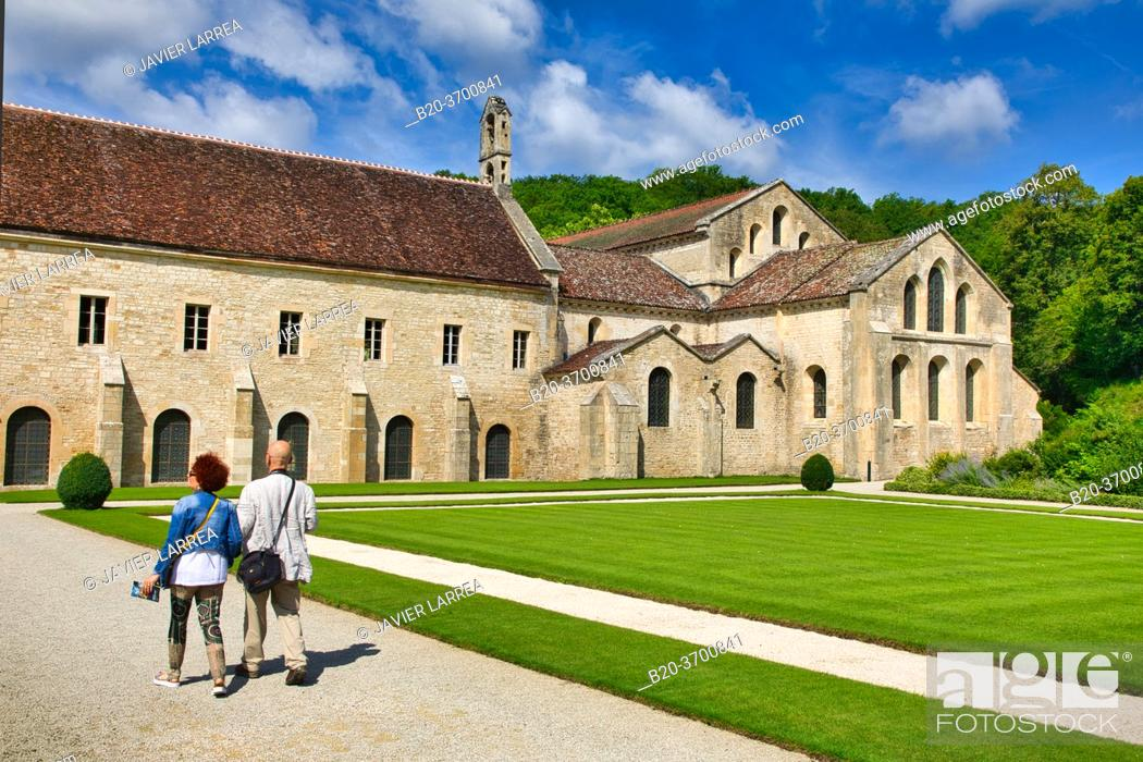 Imagen: Abbaye Royale de Notre Dame de Fontenay, Fontenay Cistercian Abbey, Montbard, Cote d'Or, Burgundy Region, Bourgogne, France, Europe.