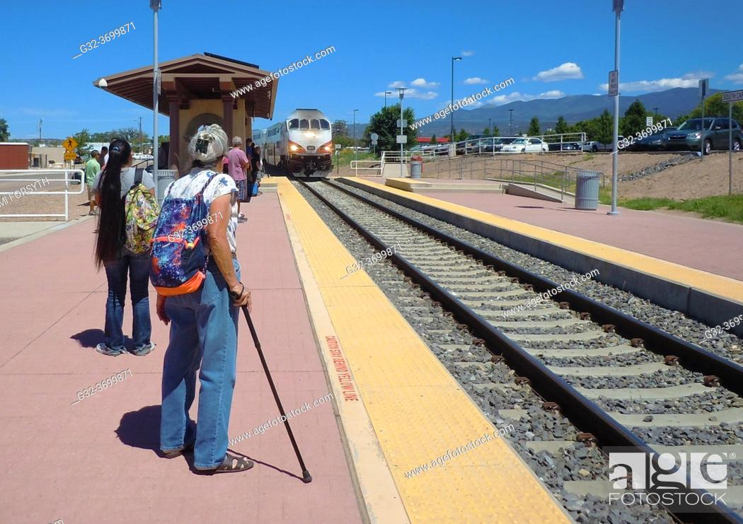 Stock Photo: Railrunner, commuter train, arriving Santa Fe, New Mexico.