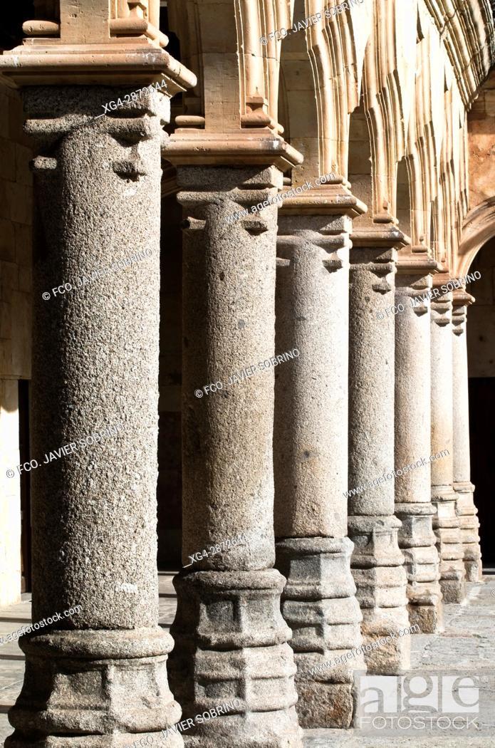 Imagen: Patio de las Escuelas Menores. Universidad de Salamanca. Castilla-León. España. Europa.