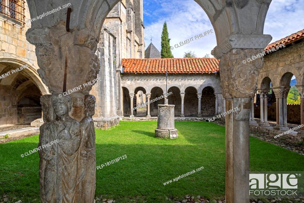 Stock Photo: Cloister of the Cathédrale Sainte-Marie / Cathédrale Notre-Dame de Saint-Bertrand-de-Comminges cathedral, Haute-Garonne, Pyrenees, France.