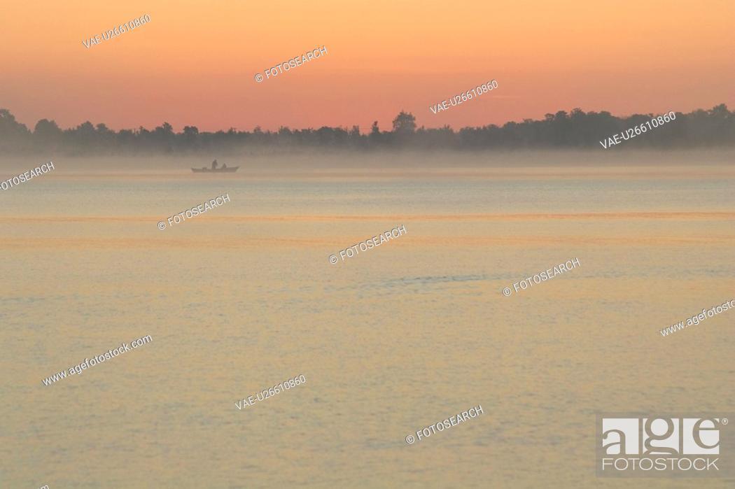 Stock Photo: Boat, Coastline, Day, Horizon.