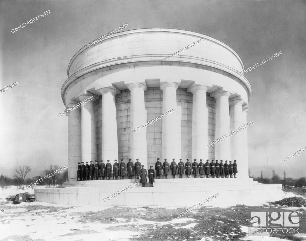 Stock Photo: President Warren Harding and his wife Florence are buried in the Harding Tomb, Marion Ohio. The Harding Memorial Association raised $978.