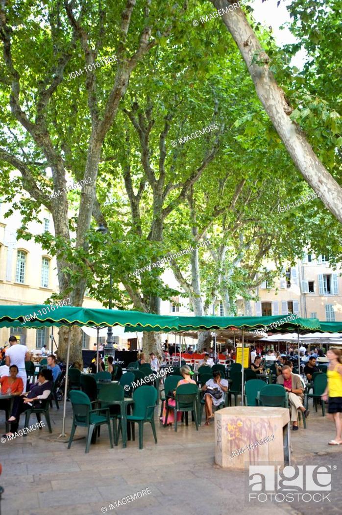 Stock Photo: City View in Aix-en-Provence, Provence-Alpes-Cote d'Azur, France.