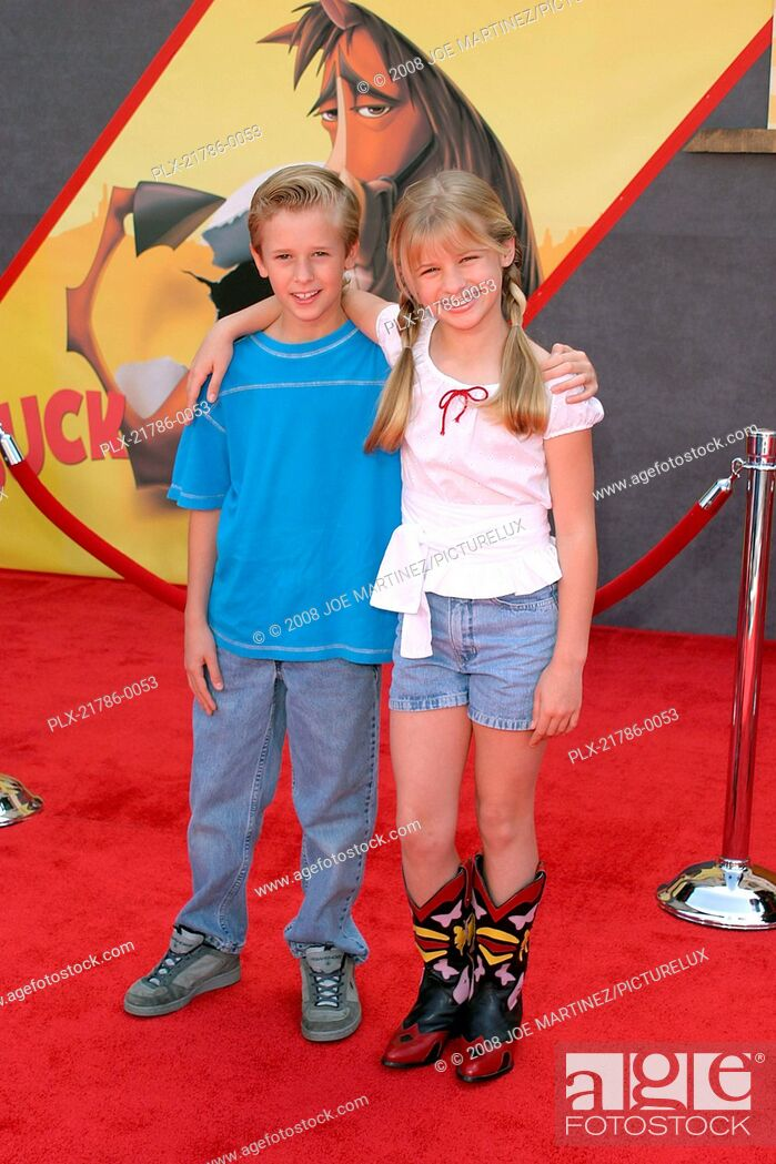 Home On The Range Premiere 32104 Cayden Boyd Jenna Boyd Photo By