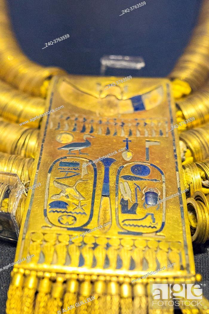 Stock Photo: Egypt, Cairo, Egyptian Museum, jewellery found in the royal necropolis of Tanis, burial of the king Psusennes I : Shebiu collar, with cartouches of the king.