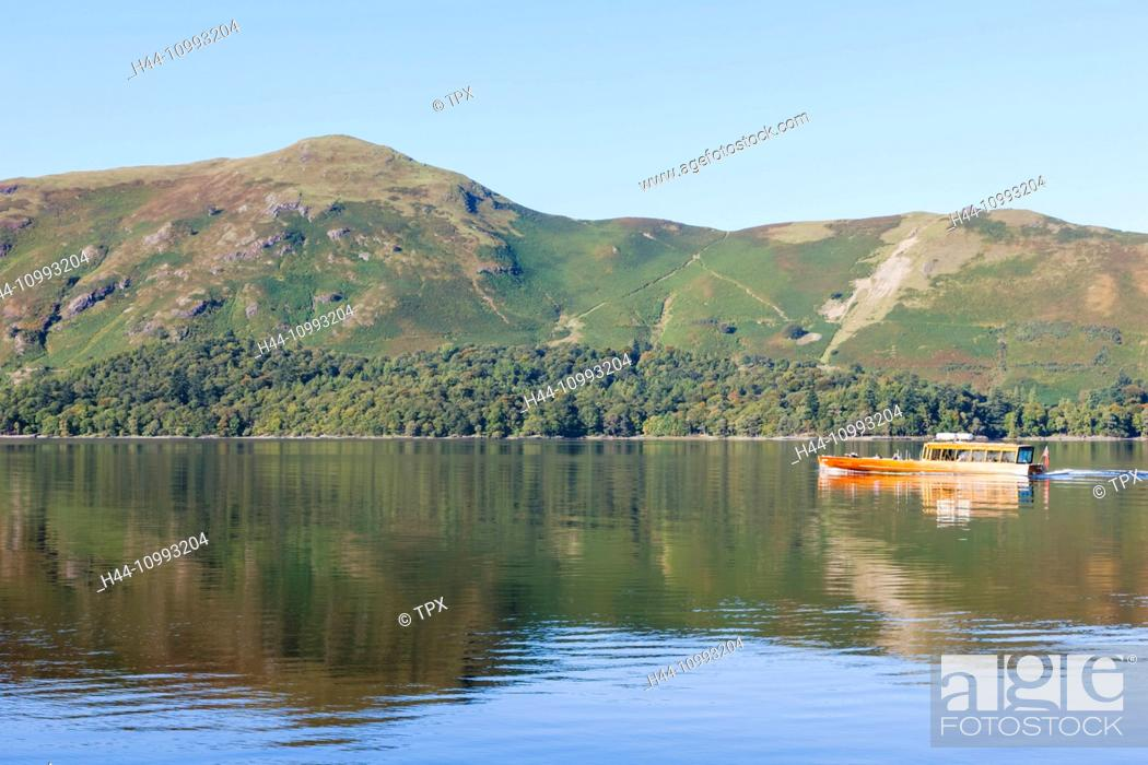 Stock Photo: England, Cumbria, Lake District, Derwentwater.