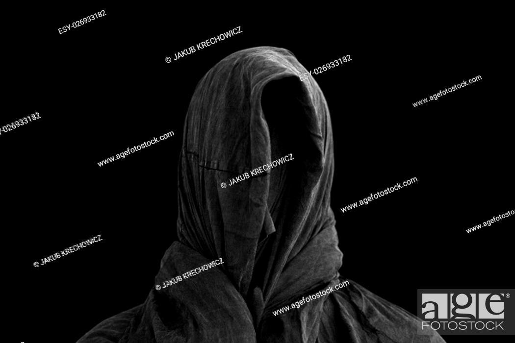 Imagen: Ghost in the dark.
