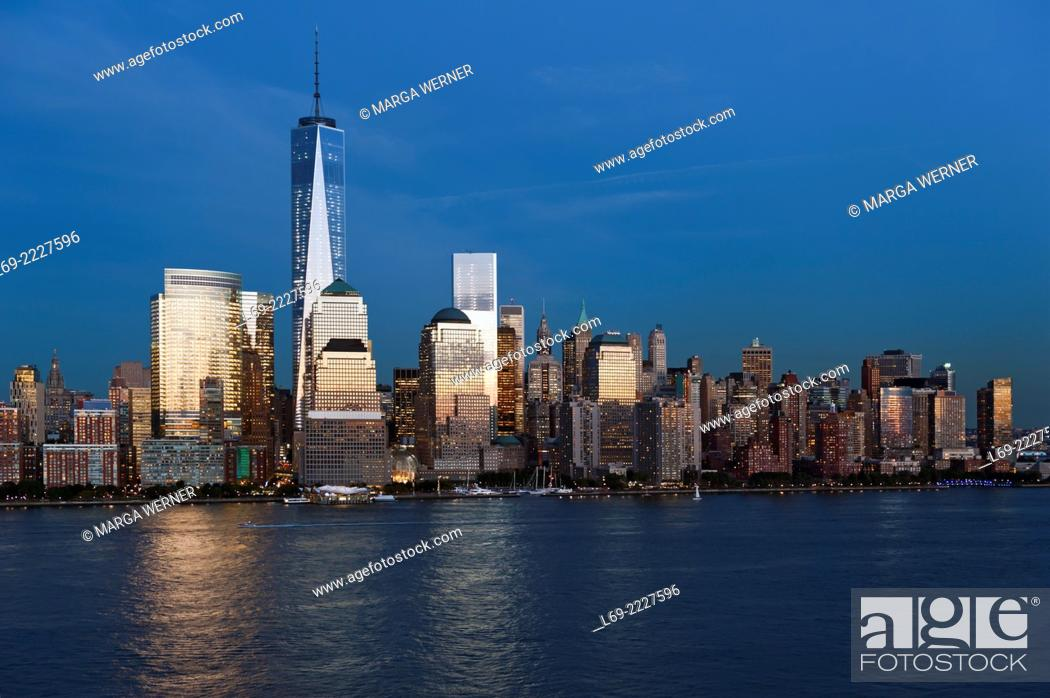 Stock Photo: Manhattan skyline at Hudson River with World Trade Center and World Financial Center, Lower Manhattan, New York, USA.