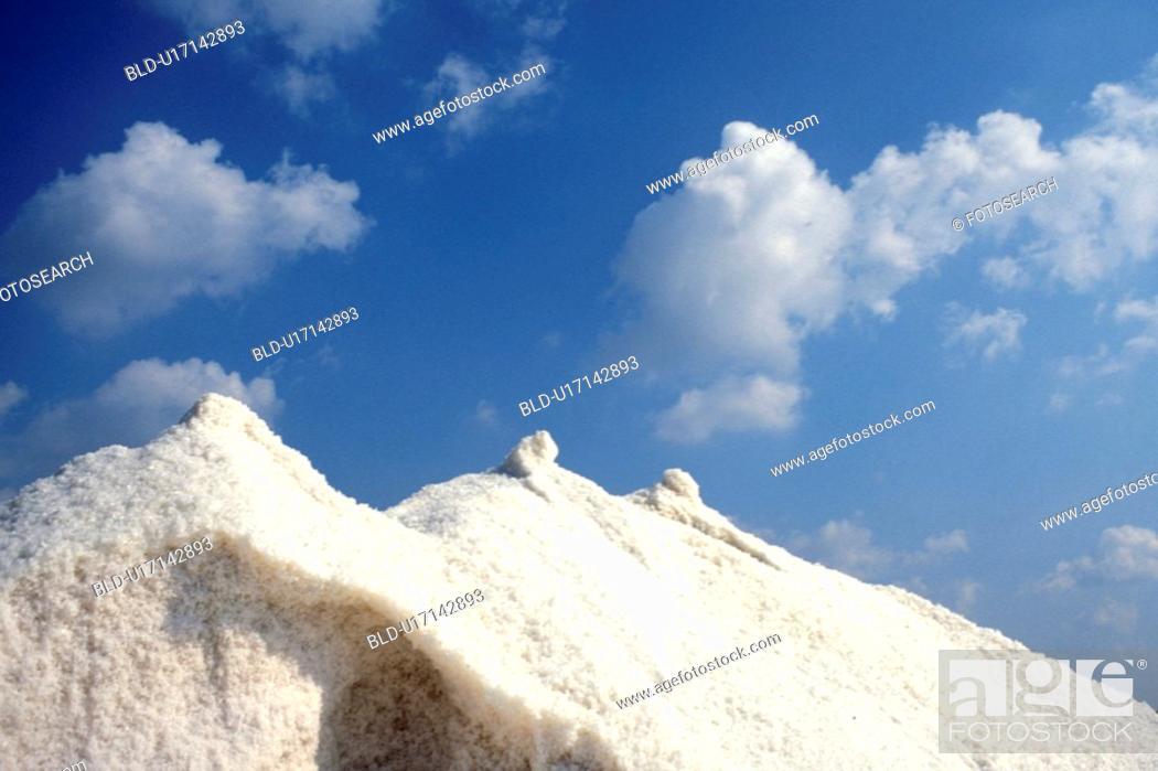 Stock Photo: clouds, blauphoton, cloud, cellar, blue, alexander.
