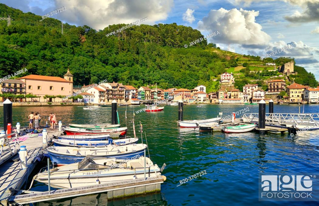 Imagen: Pasai Donibane, Port of Pasajes, Gipuzkoa, Basque Country, Spain, Europe.