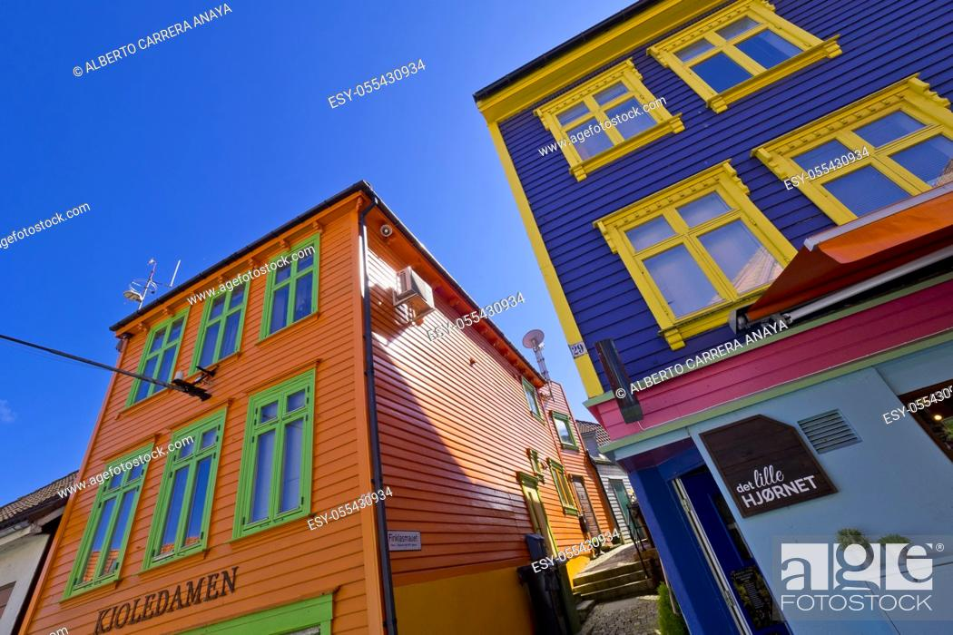 Imagen: Traditional Architecture, Old Town, Stavanger, Norway, Scandinavia, Europe.