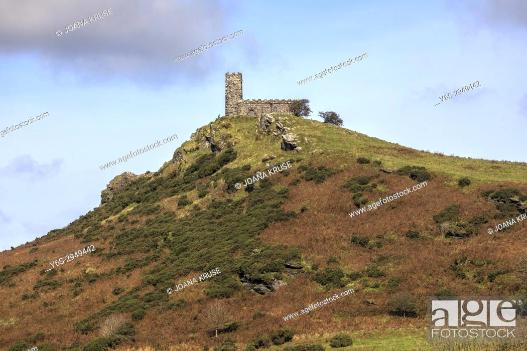 Photo de stock: Brentor, Dartmoor, Devon, England, United Kingdom.