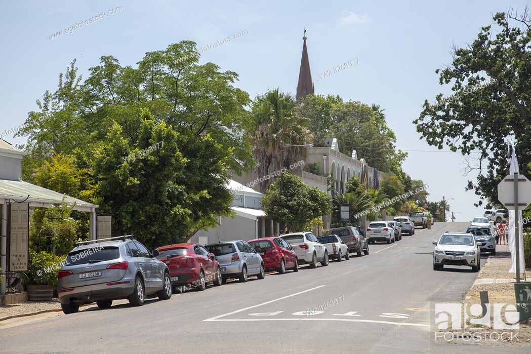 Imagen: Main Road in Riebeek Kasteel in Western Cape, South Africa.