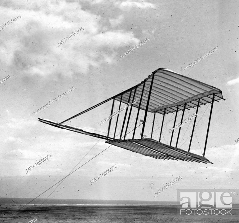 Left side view of the 1900 Wright glider before installation