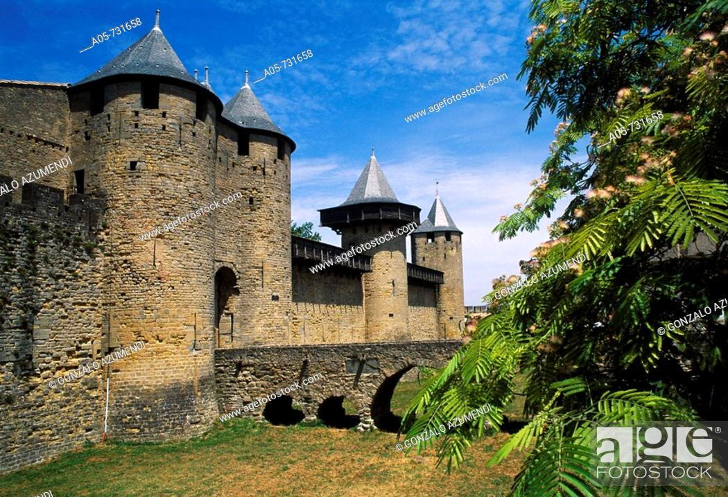Stock Photo: Château Comtal (12th century), Carcassonne medieval fortified town. Aude, Languedoc-Roussillon, France.