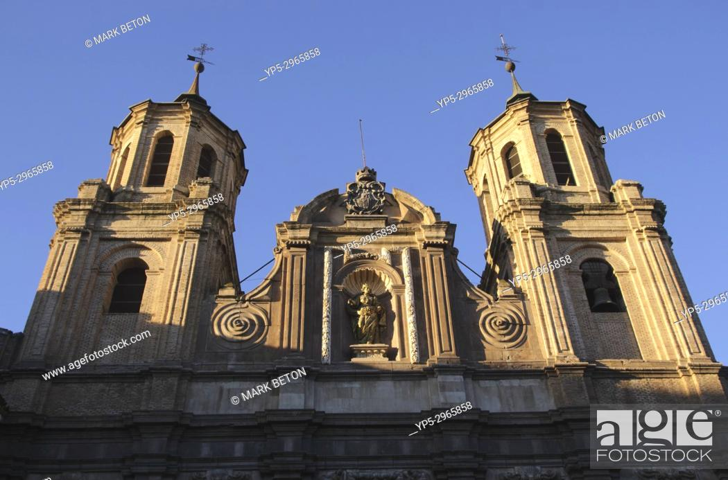 Imagen: Church of Santa Isabel de Portugal Zaragoza Spain.