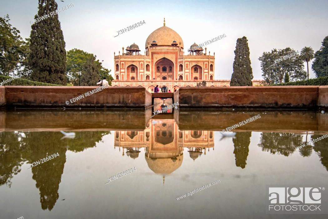 Stock Photo: Humayun's tomb, located in New Delhi, India.