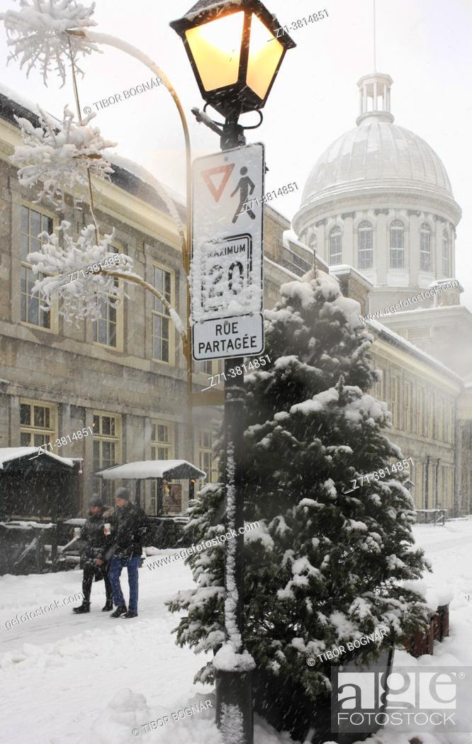 Stock Photo: Cananda, Montreal, snowfall, snow, winter, Bonsecours Market, .