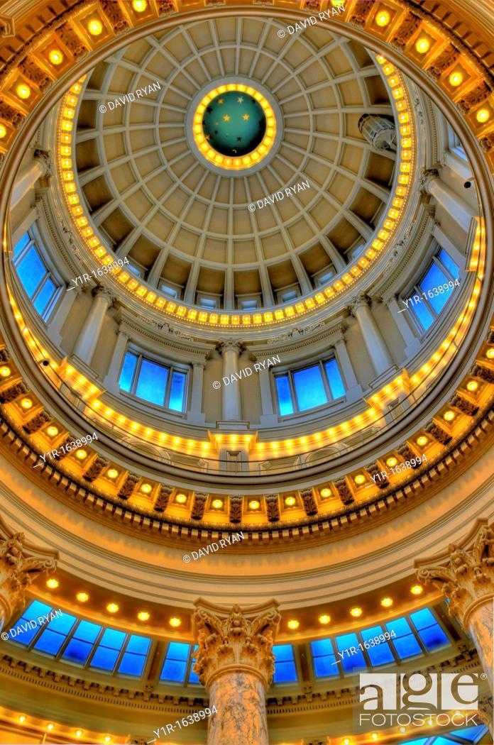 Stock Photo: Looking up at the Capitol rotunda at the Idaho State Capitol, Boise, Idaho, USA.