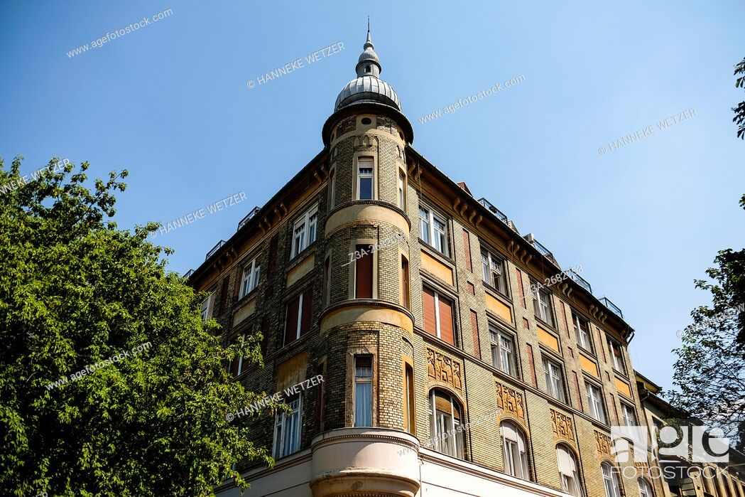Stock Photo: Traditional architecture in Budapest, Hungary.