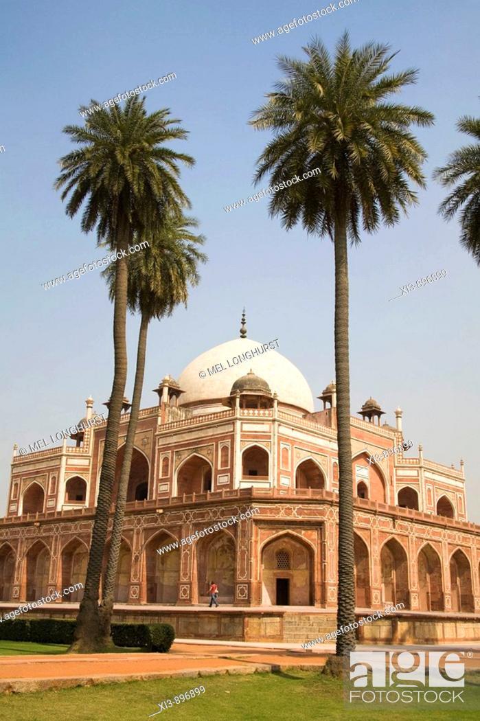 Stock Photo: Humayun's Tomb, New Delhi, Delhi, India.