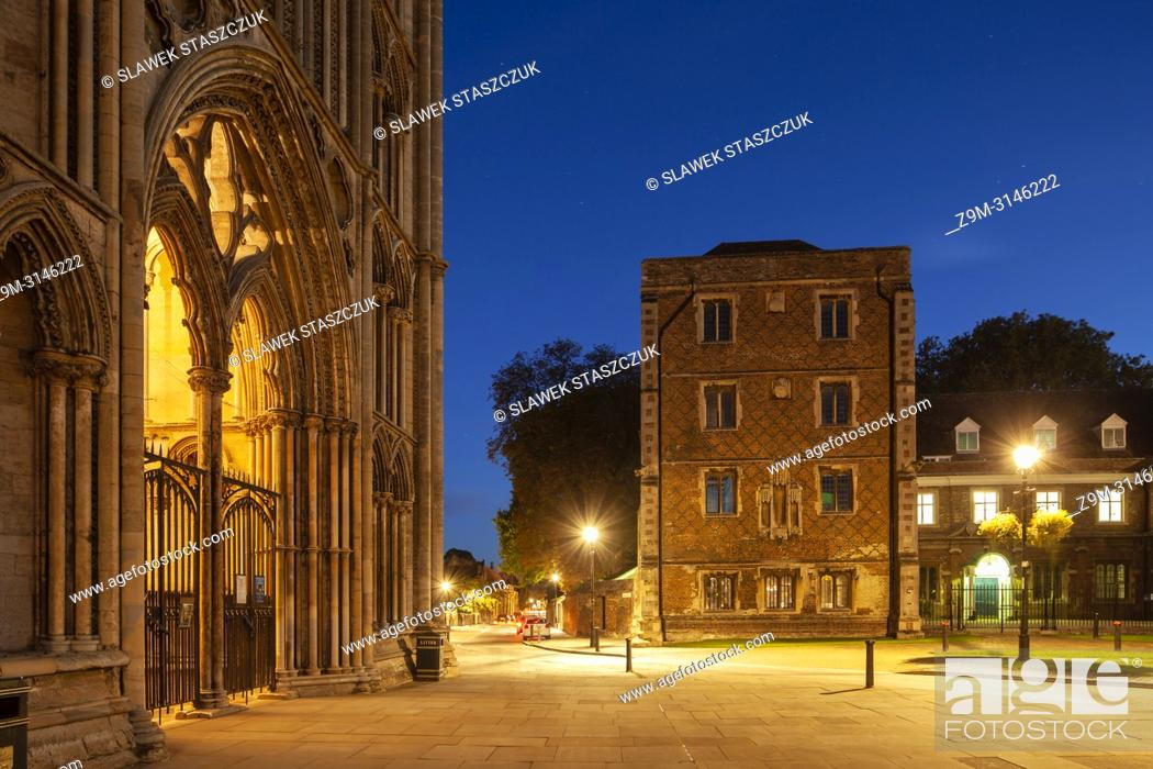 Stock Photo: Night falls at Ely Cathedral, Cambridgeshire, England.