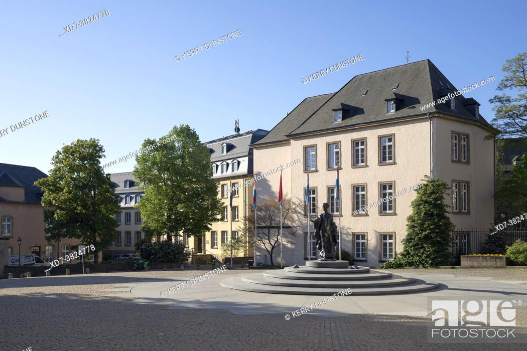 Stock Photo: Europe, Luxembourg, Luxembourg City, Place de Clairefontaine with Ministere de Finances and Monument to Grand Duchess Charlotte.