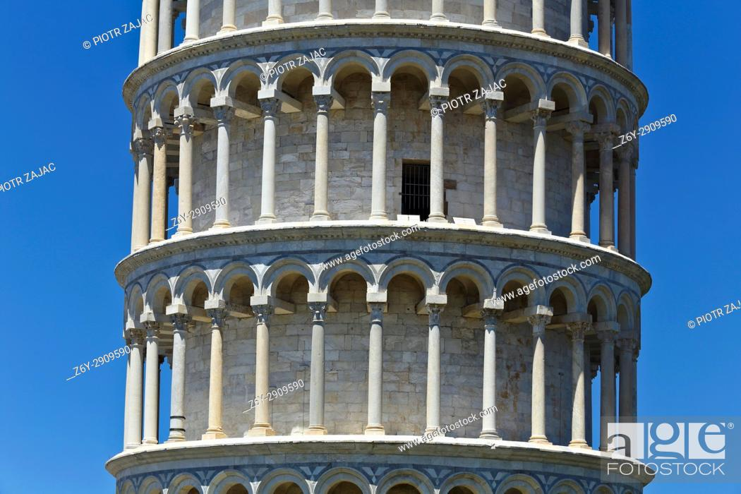 Stock Photo: The Leaning Tower of Pisa, Piazza dei Miracoli, Pisa, Tuscany, Italy.