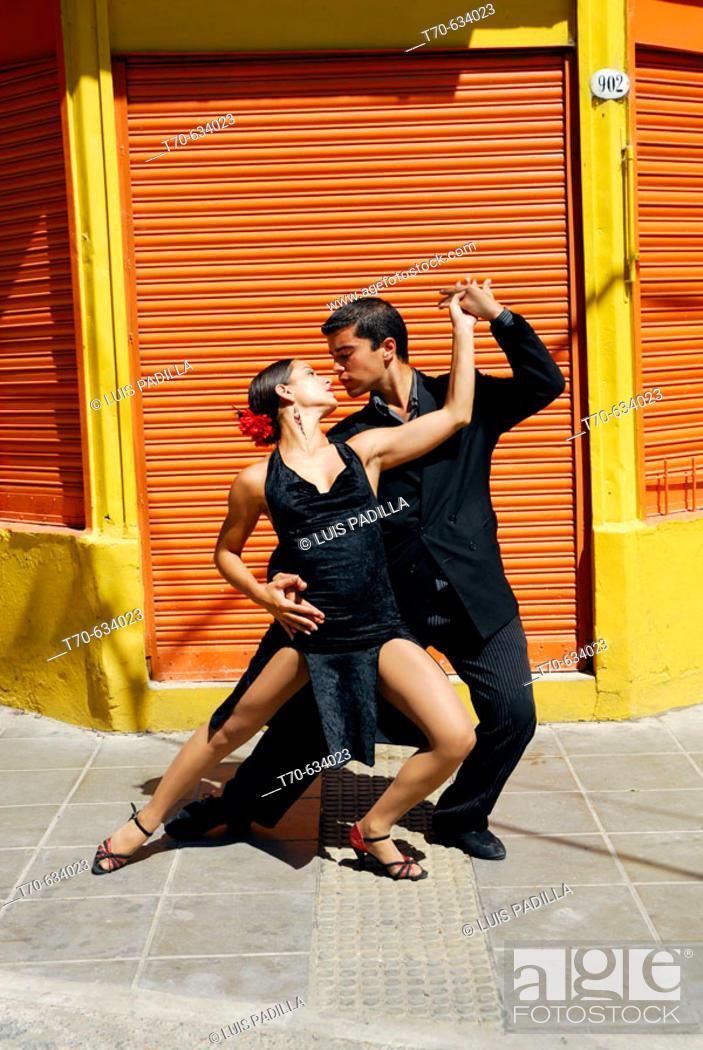 Stock Photo: Tango. Caminito street, La Boca district. Buenos Aires. Argentina.