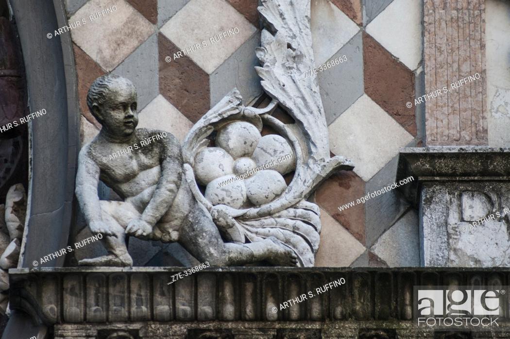 Stock Photo: Detail of sculpture on façade of Colleoni Chapel (Cappella Colleoni), Piazza del Duomo, Upper Town (Città Alta), Bergamo, Italy, Europe.