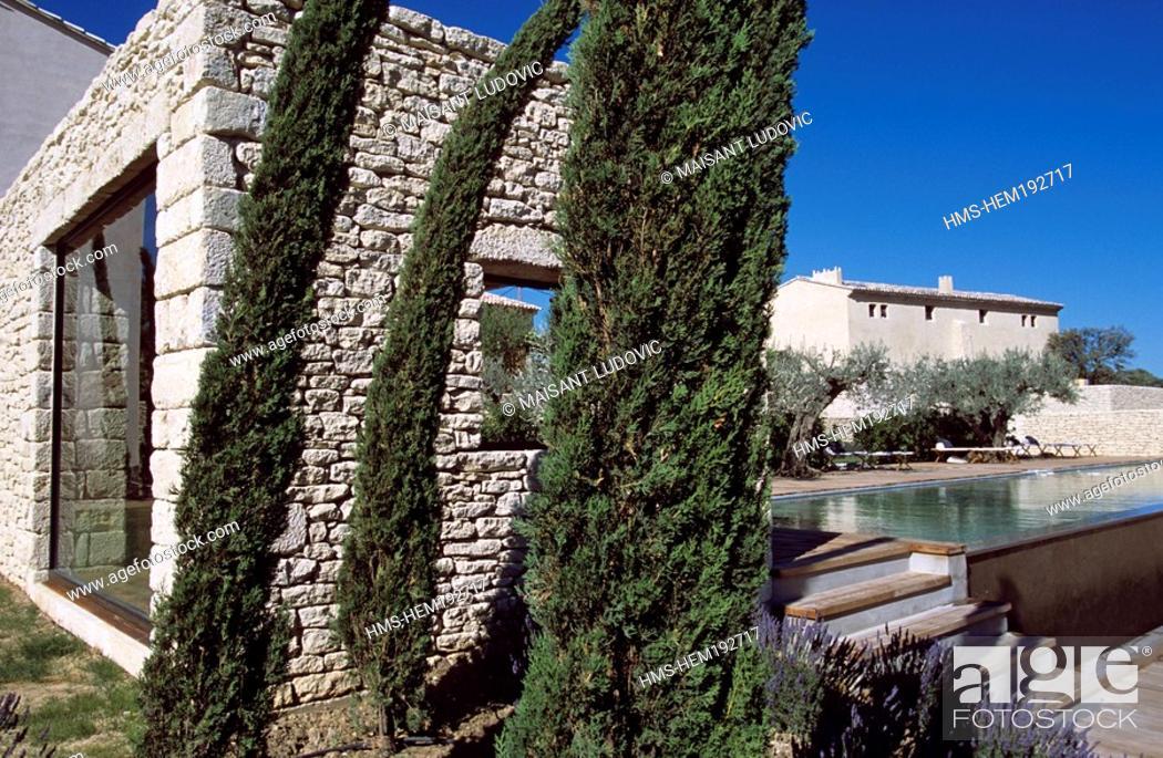 Stock Photo: France, Vaucluse, Luberon, Saint Saturnin les Apt, Domaine des Andeols charm hotel.
