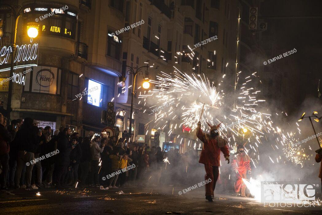 Imagen: Correfoc. Fallas festival. València. Spain. 2019.