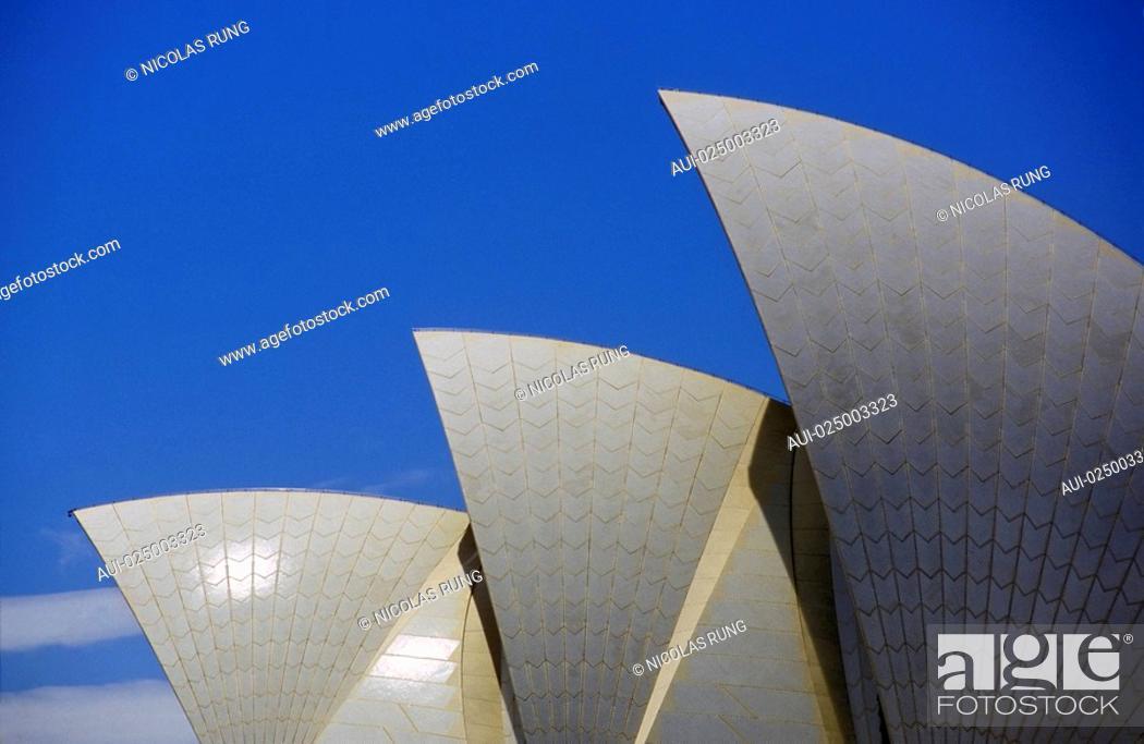 Stock Photo: New South Wales - Sydney - Opera.