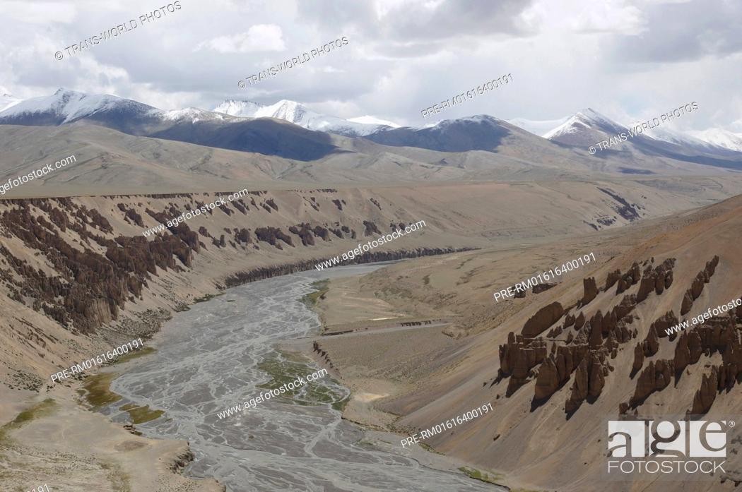 Stock Photo: Landscape between Pang and Taglang La, Manali-Leh Highway, Jammu and Kashmir, India / Landschaft zwischen Pang und dem Taglang La, Manali-Leh Highway.