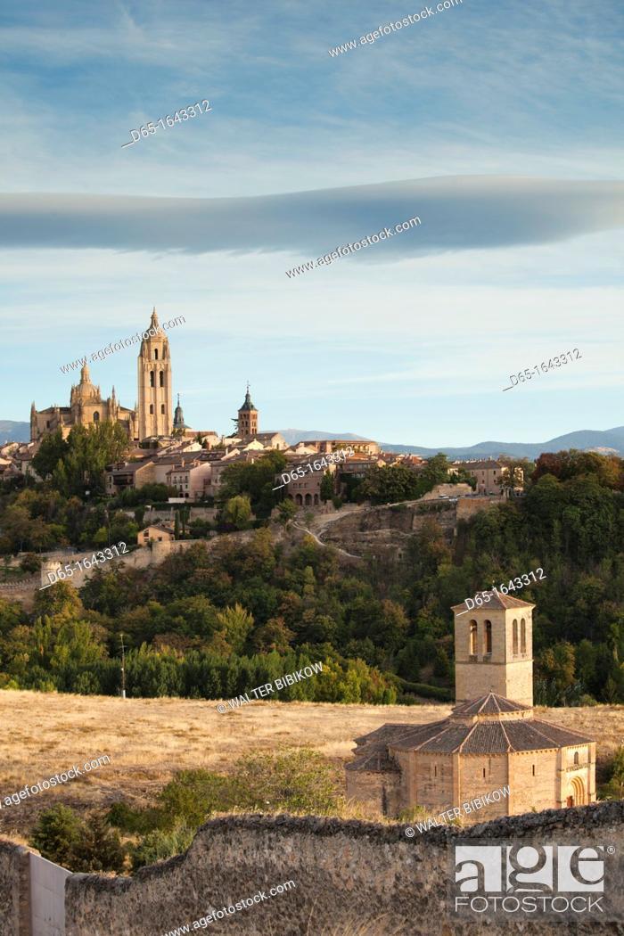 Stock Photo: Spain, Castilla y Leon Region, Segovia Province, Segovia, town view with Segovia Cathedral and Vera Cruz Church.