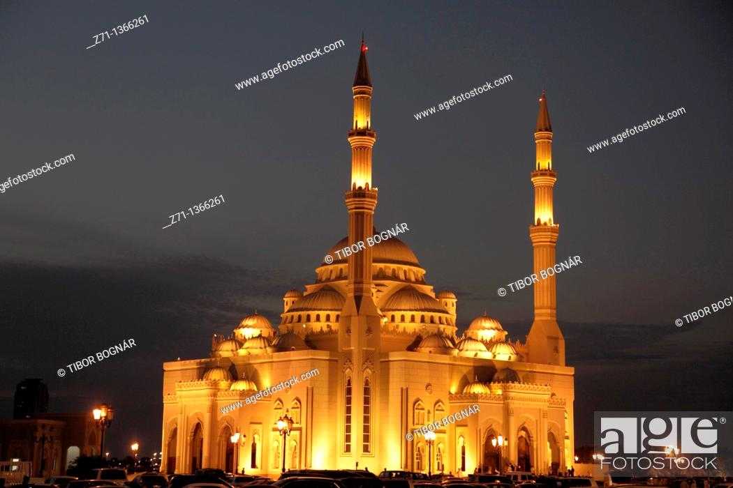 Stock Photo: United Arab Emirates, Sharjah, Al Noor Mosque,.